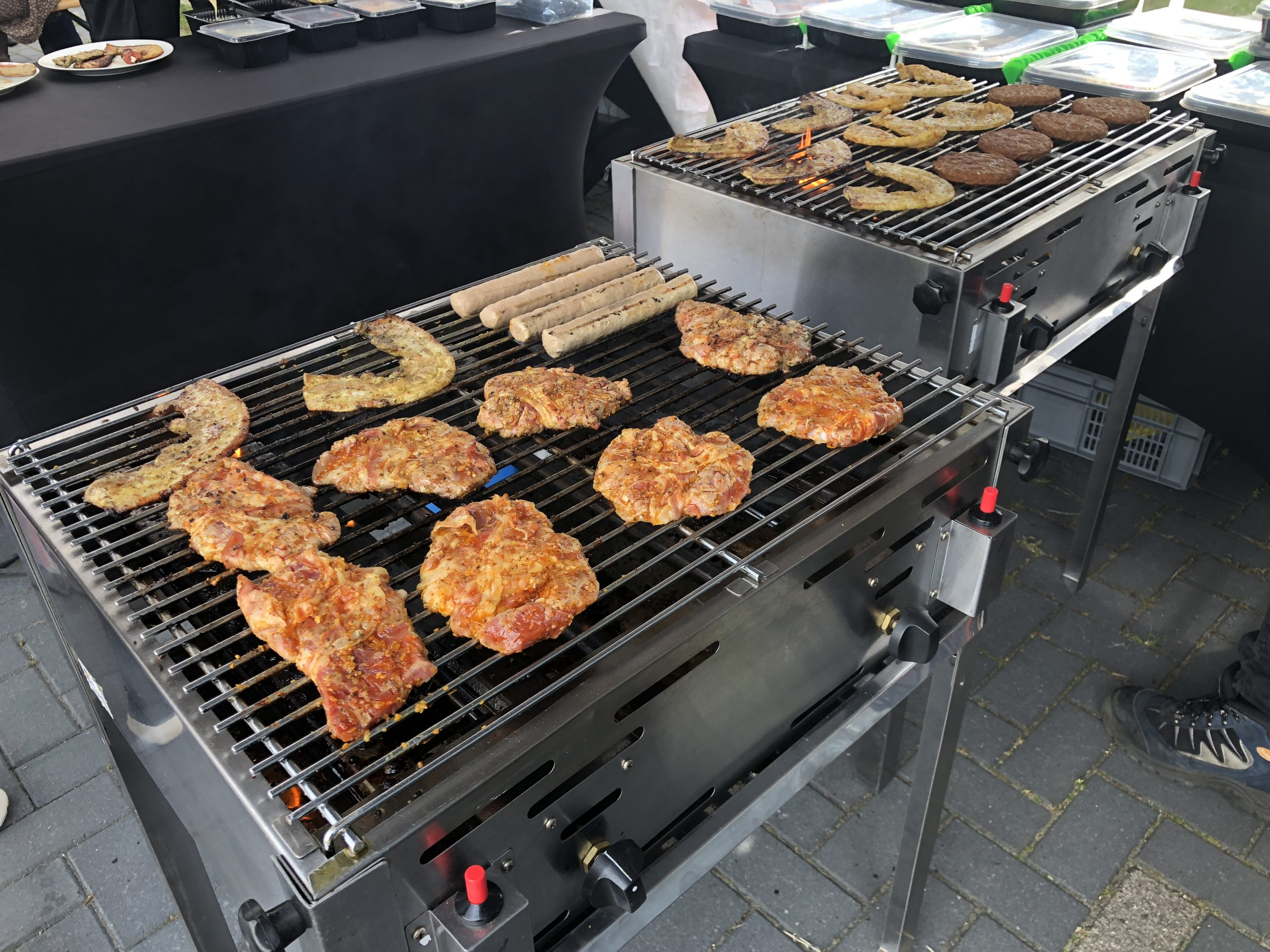 Bestel uw all in barbecue in Groningen | A Z Barbecue